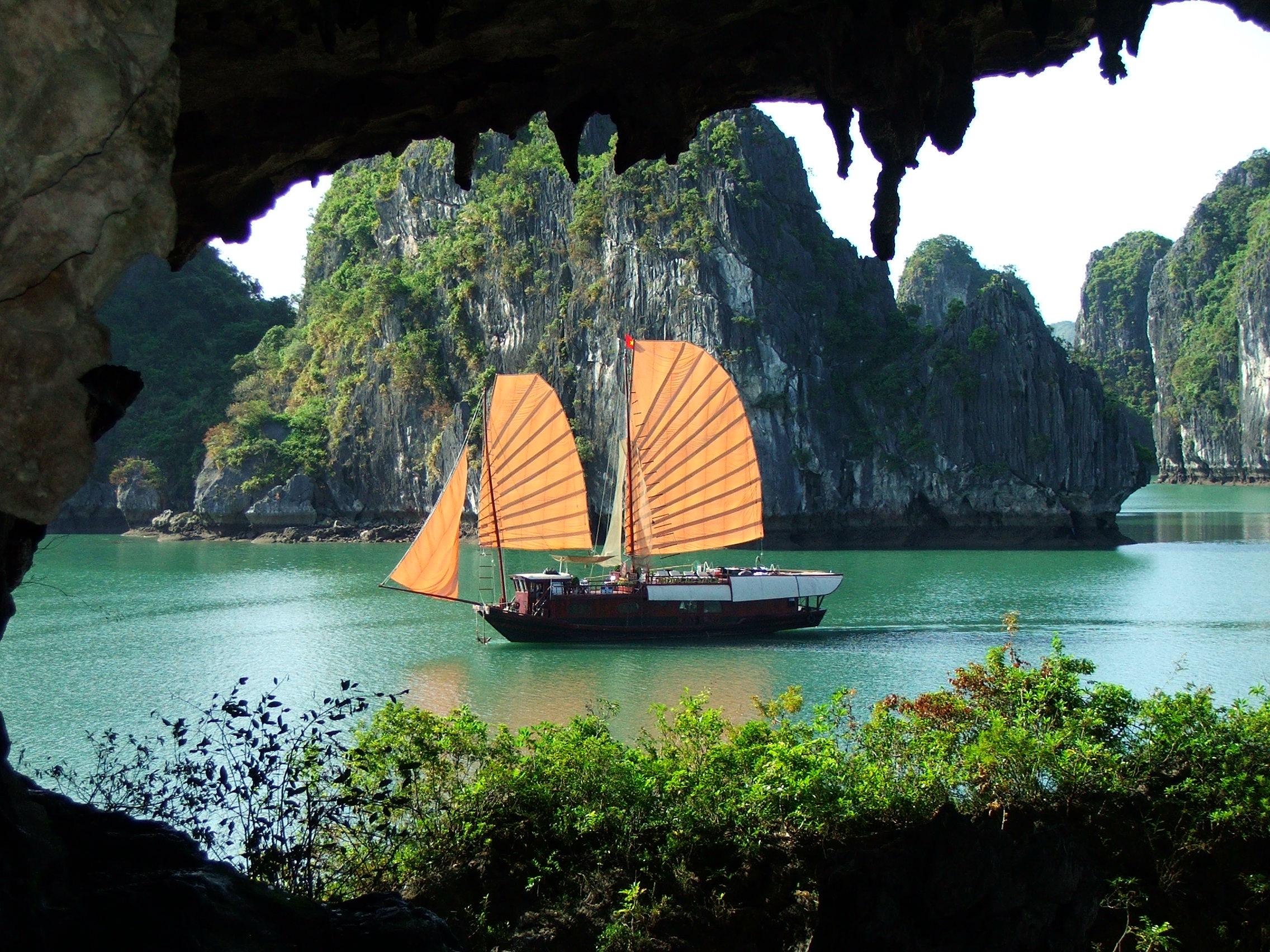 Các điểm du lịch ở TP Hạ Long