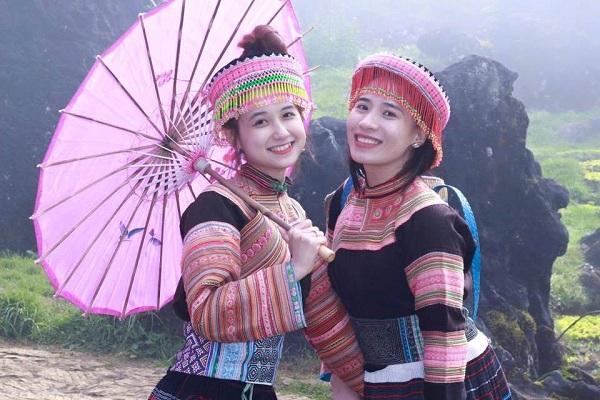 hot-girl-dak-lak-bi-nham-la-con-gai-hmong-gay-sot-hinh-3