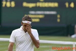 Federer-bi-loai-2