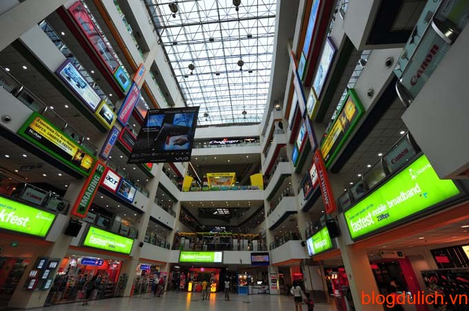 Funan-Digital-Mall-Photo-from-mmbloggers