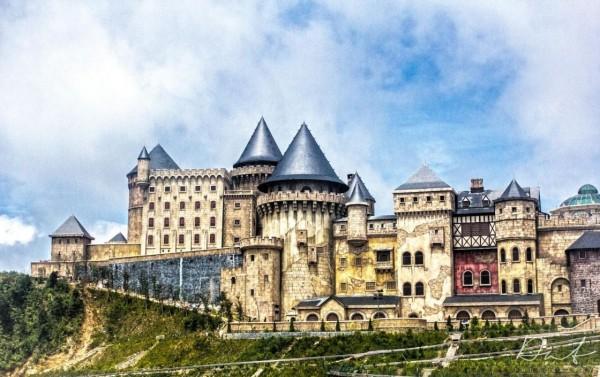 Bà Nà Hill thế giới cổ tích với những lâu đài