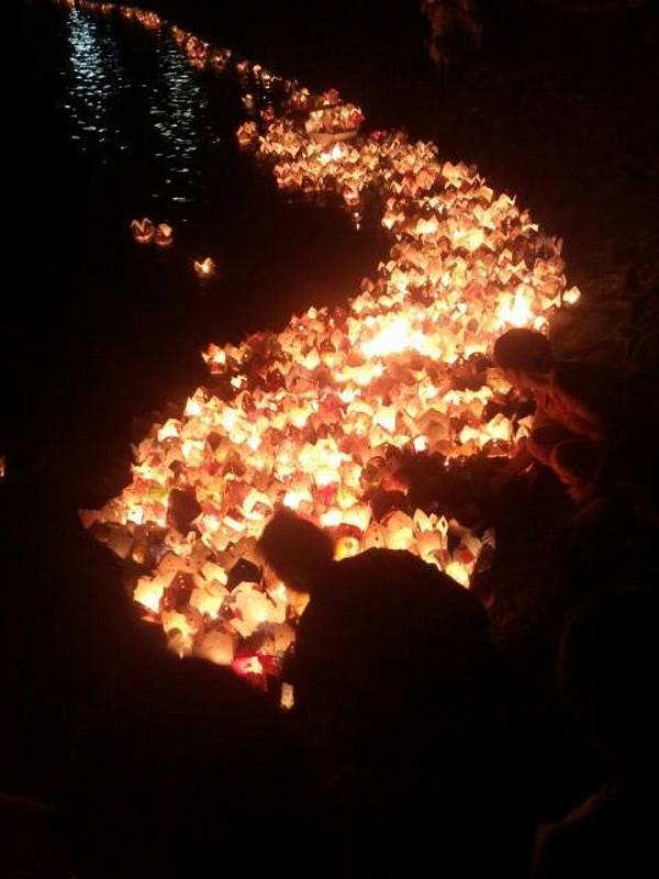 đêm thả hoa đăng sông hoài hội an