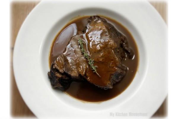 Có bao giờ bạn nghĩ dầu nhớt, chất xịt khử mùi và xi đánh giày làm cho món ăn của bạn trở nên hấp dẫn hơn không ?