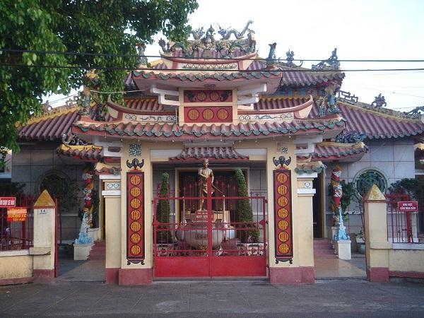 Viếng thăm đền thờ cụ Nguyễn Trung Trực