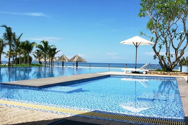 Bể bơi tại Eden Resort Phú Quốc