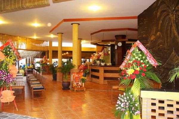Sảnh Nắng Hòn Rơm Resort