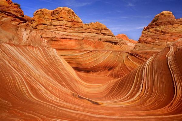 Những lượn sóng hoàn hảo của sa thạch vùng The Wave