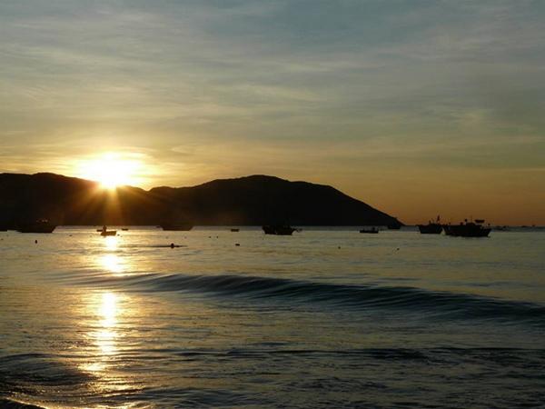 Sóng nước Quy Nhơn