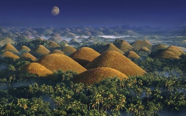 """Những """"viên"""" socola xinh đẹp của đất nước Philippin"""