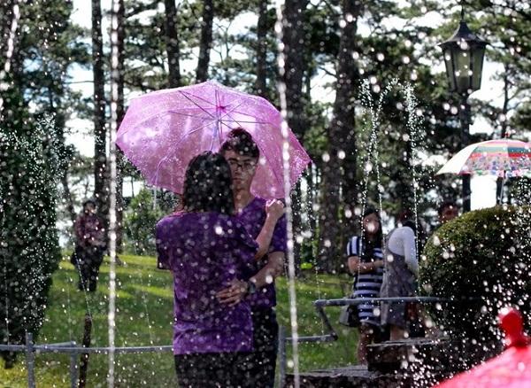 lãng mạn mưa đà lạt