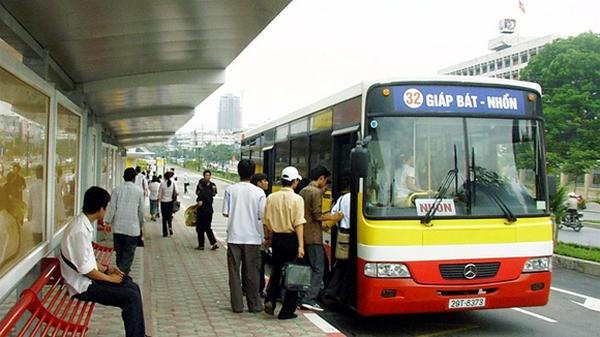 Sử dụng các phương tiện công cộng khi đi du lịch
