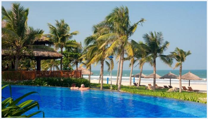Bể bơi của Vinpearl Da Nang Resort & Villas